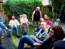 Met z'n allen in the tuin - enjoying the lovely weather in the garden