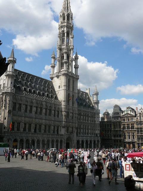 De Grote Markt - Het Stadhuis