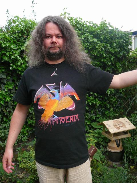 bazbo's got a new shirt …