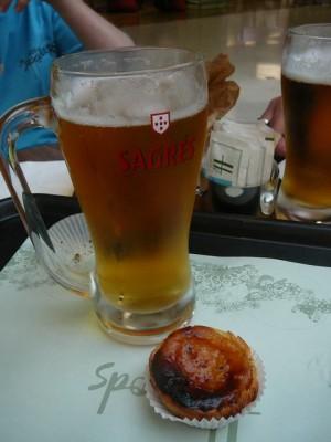 670 nog een laatste cerveja en pasteís de Belém