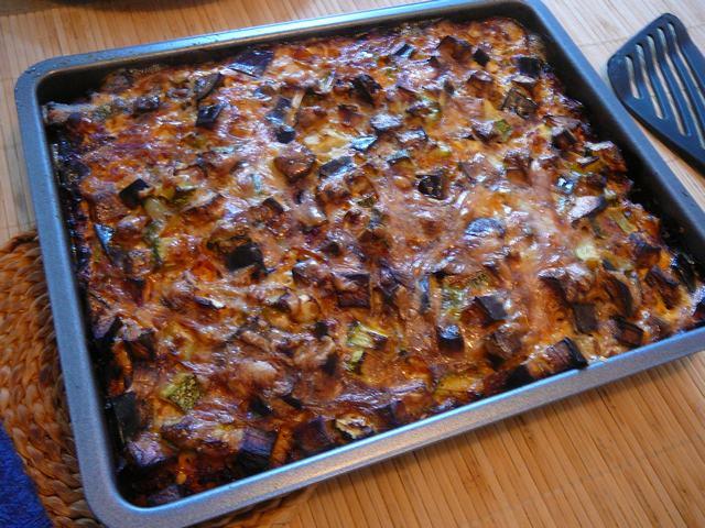 Een leuke én makkelijke variant op de traditionele Griekse mousaka, deze is met ei in plaats van aardappelen!