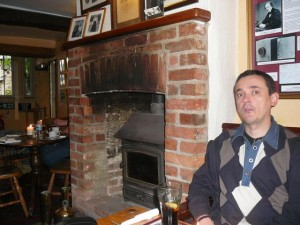 314 Lacock - CheepnisAroma in the George Inn