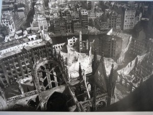 043 Hamburg - picture of St Nikolai after it is bombed in 1945