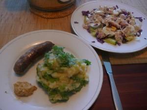 Raapstelenstamppot met rundersaucijs en salade met forel