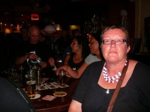 E - in the background: Magdalena, Bald-Headed-John & au3