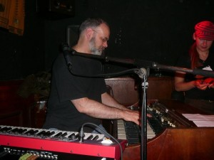 Wan on Hammond organ
