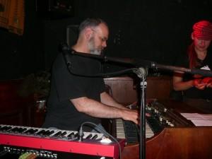 Wan on Hammond organ