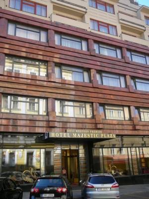 009 Hotel Majestic Plaza