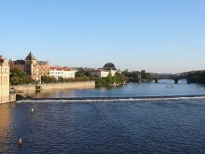 046 vanaf de Karelsbrug zuidelijk - de Moldau
