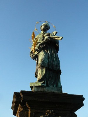 049 St. Johannes Nepomuk op de Karelsbrug