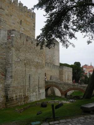055 de toegang tot het Castelo de São Jorge