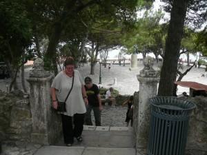 067 en nóg een trapje bij het Castelo de São Jorge