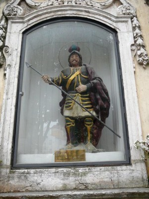 078 beeld van een Portugese veroveraar