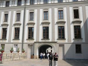 087 Praagse Burcht - Eerste slotplein