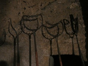 150 Praagse Burcht - Martelwerktuigen in de Daliborkatoren