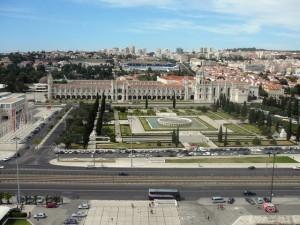 240 uitzicht vanaf het Monument der Ontdekkingen - Mosteiros dos Jerónimos
