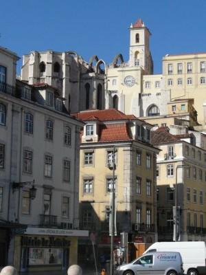 294 Igreja do Carmo vanaf het Rossio plein