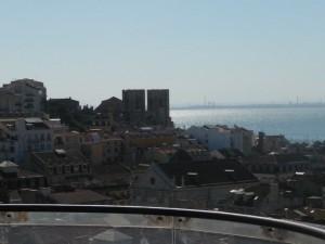 299 uitzicht op de Baixa en kathedraal de Sé