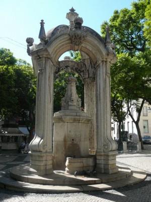 319 Praça do Carmo