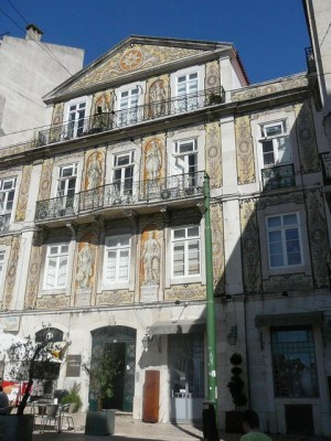 320 Largo Rafael Bordalo  Pinheiro