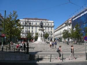 329 Praça Luis de Camões