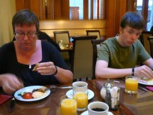 334 Zondag 090823 ontbijt