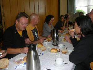 86 breakfast! - LudzNL, Magdalena, BaldHeadedJohn, Debbie, Billy & au3