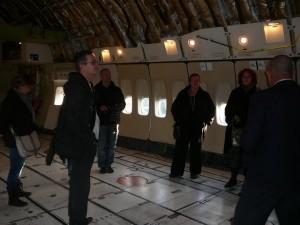 Tara, Geert, Boudewijn, E & Kitty in de grote Boeing