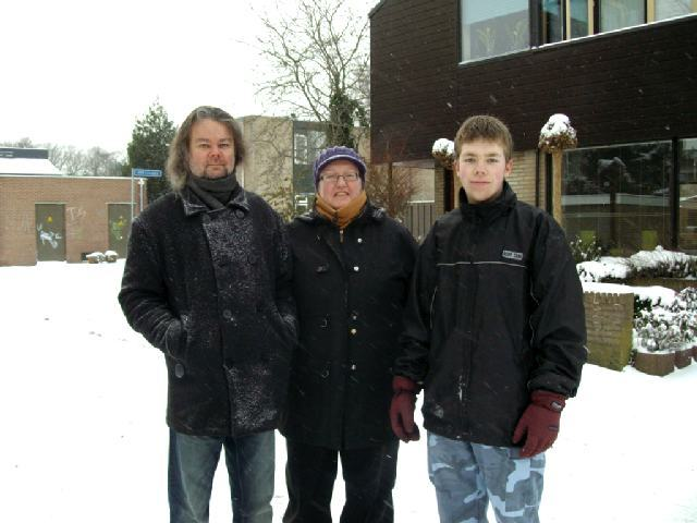 family picture - taken on Sunday, December 20, 2009 by hidhi