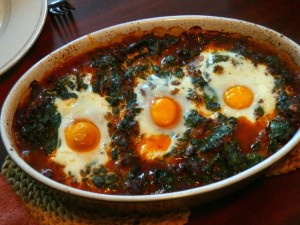 Turkse gehaktschotel met wilde spinazie en ei - 11 april 2010