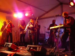 Saskia Laroo band