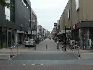 Hoofdstraat - Main street