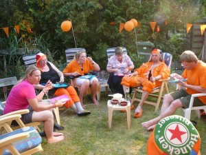 Orange madness: ke, E, Ingrid, Marja, Auke & Robert
