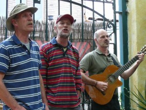Vocal help by some Bottles - Paul, Hans & Lex