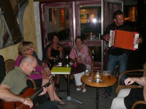 Lex & spontaneous extra accordeon by Juul Beerda
