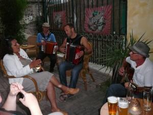 Balkan singer, Bruno, Juul & 'Sam'
