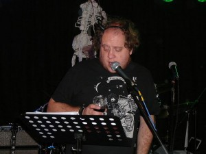 Tim Op het Broek is reading about FZ