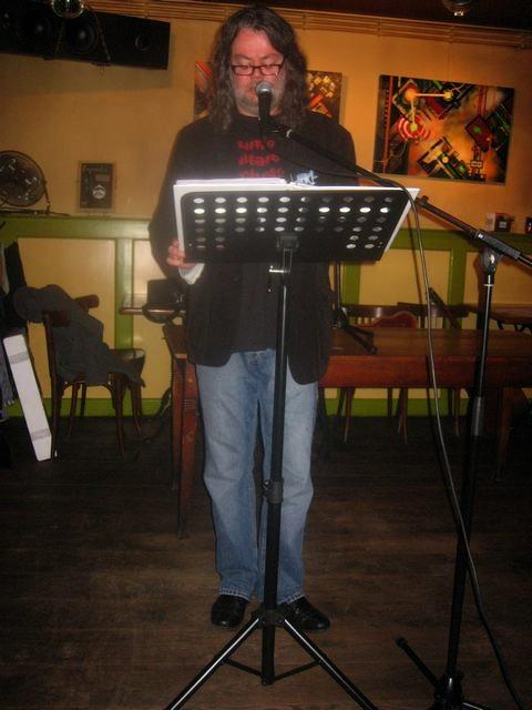 bazbo leest voor - Café 'De Singel', Zwolle - 14 november 2010