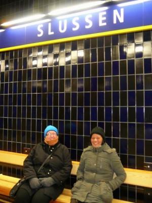 238 waiting for the Tunnelbanan in Slussen - Södermalm