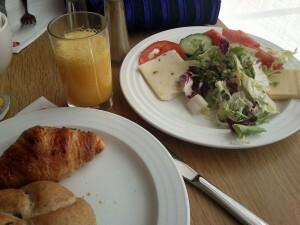 046 b breakfast