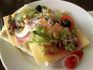 03 b lunch