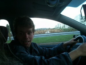 140408 10 bij Luuk in de auto