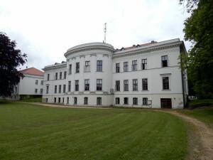 050 Palace park