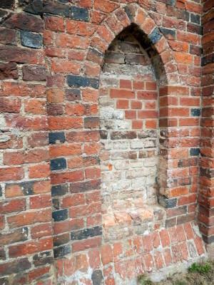 076 Klostermauer