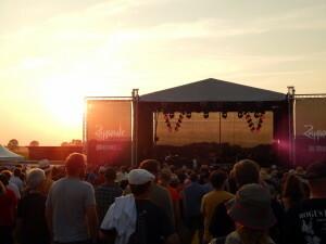 325 festival area