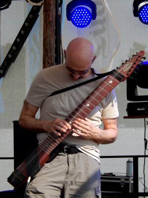 659 Stick Men - TonyLevin