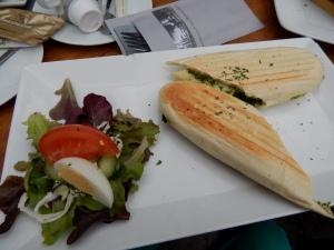 015 b lunch