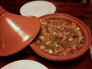 041 141107 stoofpot van rundvlees ui wortel knolselderij courgette en zoete aardappel