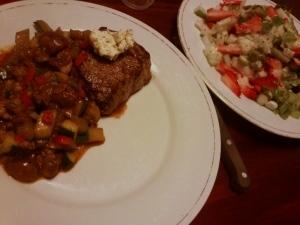 069 141020 biefstuk met groenten en salade