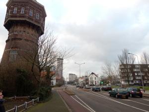 129 Vlissingen - wtaertoren en Badhuisstraat en appartementencomplex
